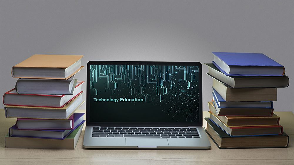 This Is How Tech-Savvy Educators Can Generate Opportunities In Education Business