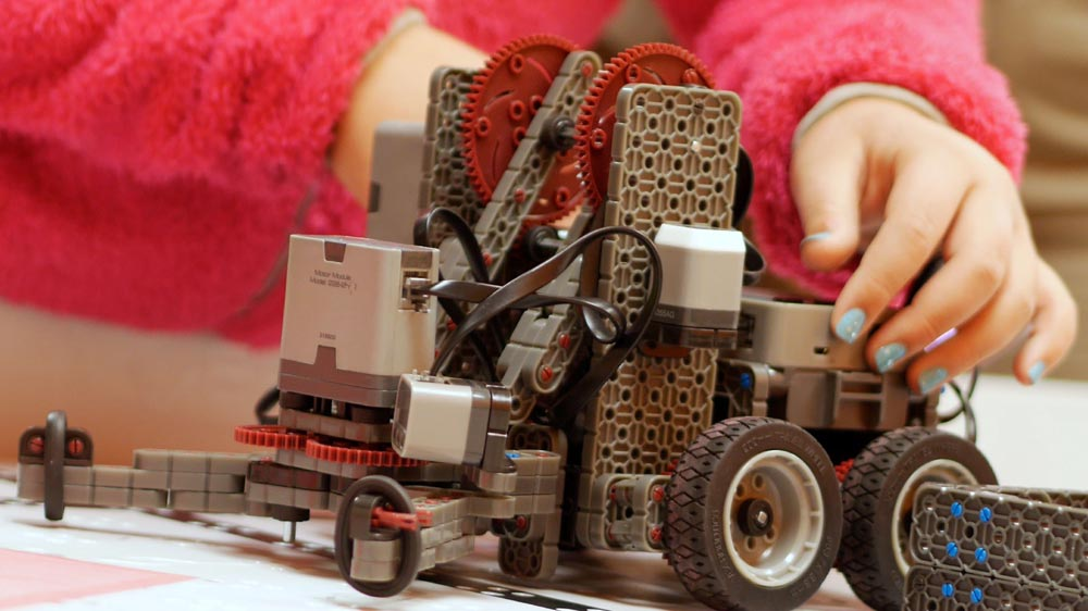 Why Educators Are Incorporating Maker-Centred Learning Into Their School Business