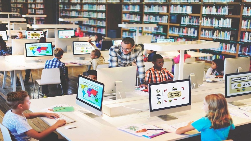 Reasons why Every School Should Adopt these Technologies in the Classrooms