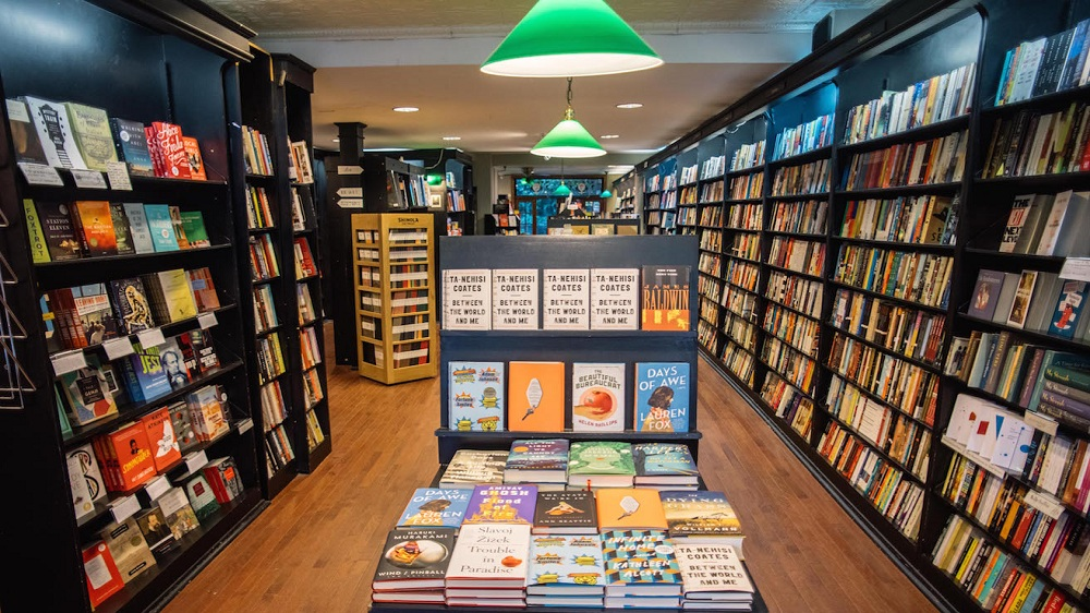 How to Start a Successful Online Book Store in the Comfort of Your Home