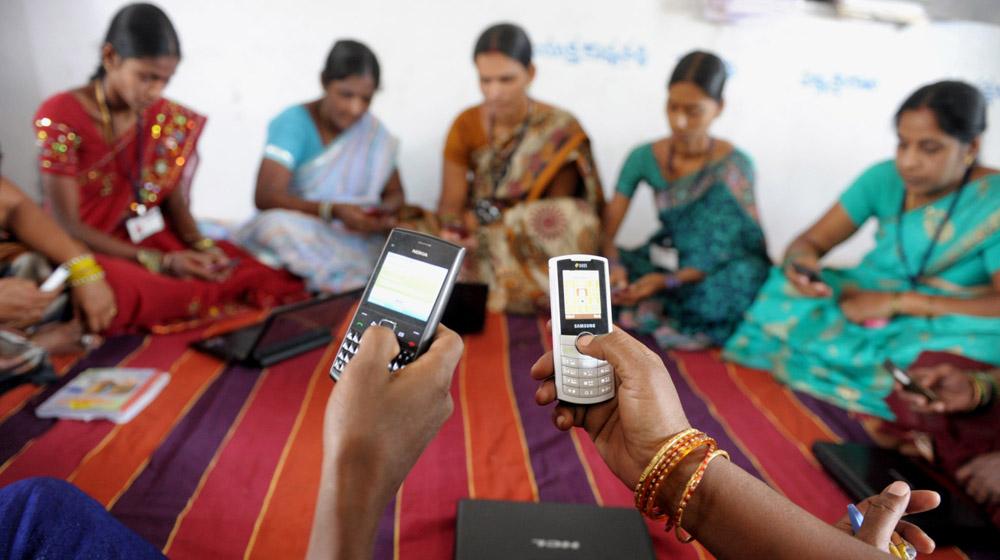 2021 तक भारत में ई-कॉमर्स के लिए ग्रामीण बाजार 10-12 बिलियन यूएस डॉलर होगा: ईवाई रिपोर्ट