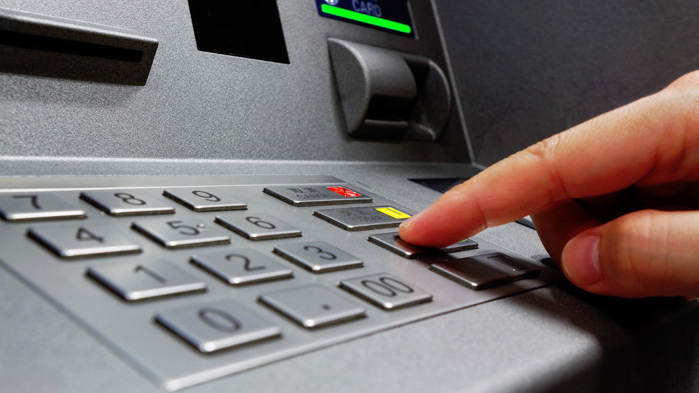 Factors to Consider Before Investing in a Low-Cost ATM Franchise Business