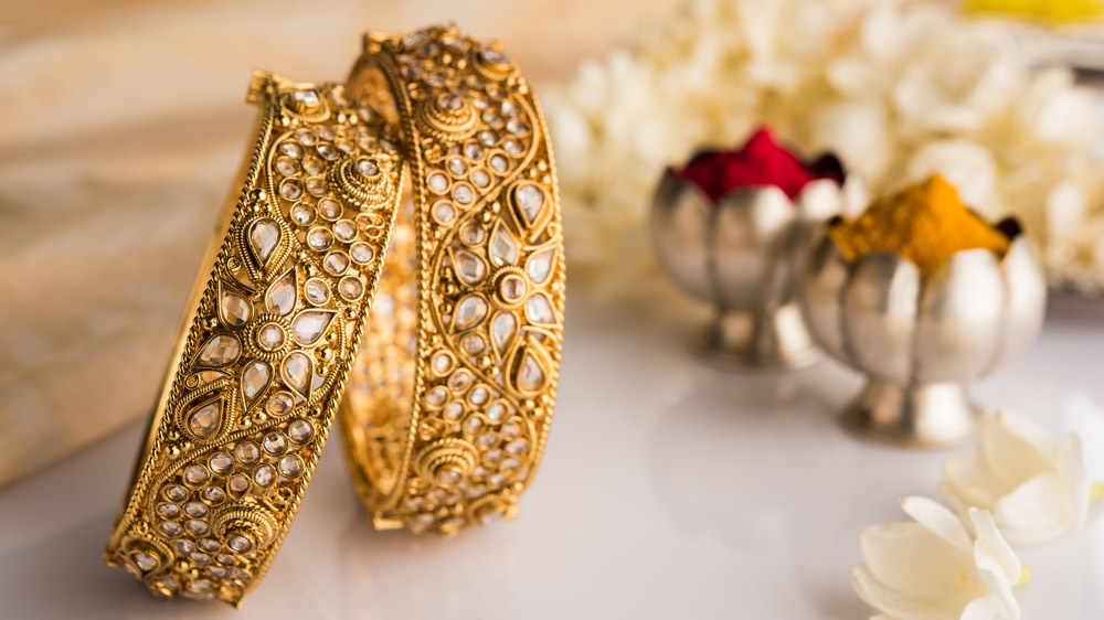 With Soaring Gold Prices, Here Are The Top 4 Jewellery Franchise To Invest In