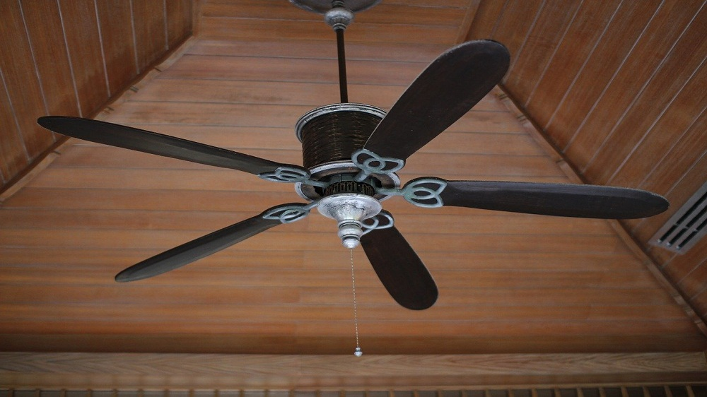 Here's How to Install Fans for Maximum Air Flow