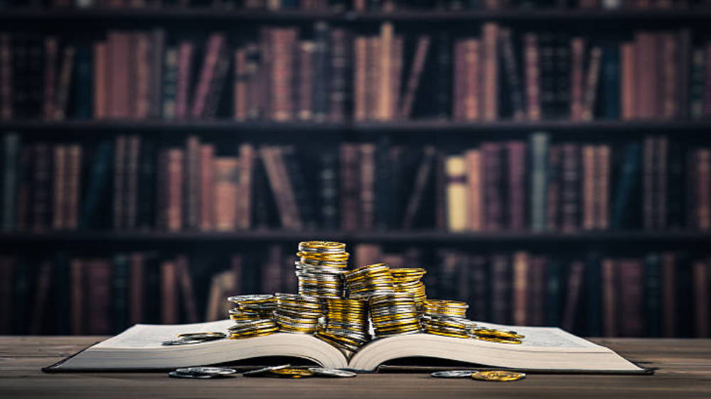 Book library business in India: early earning with wisdom.