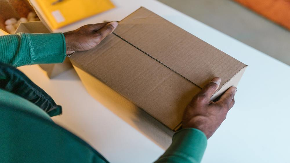 How Drop Shipping Can Take Your Business Overseas
