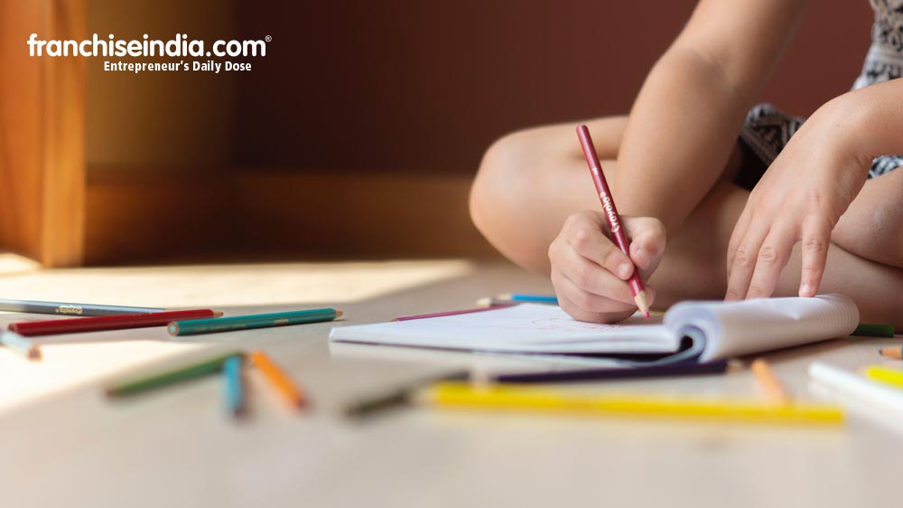 Things to Consider Before Getting a Smart School Franchisee