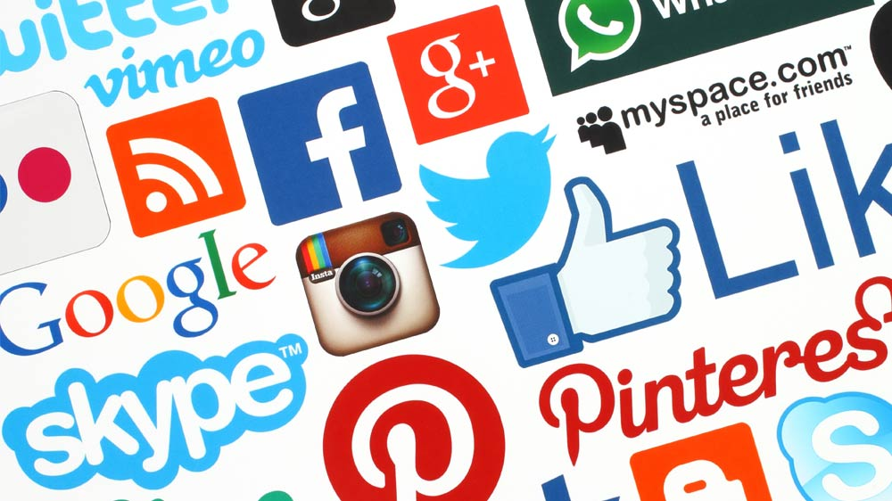 Leveraging social networking sites to promote business