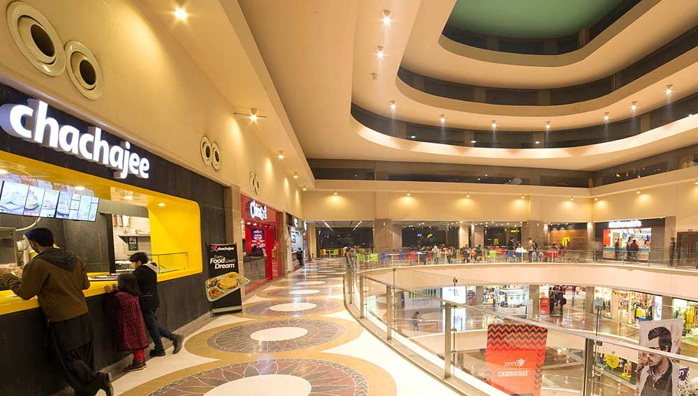 Why are malls preferring food brands over retail?