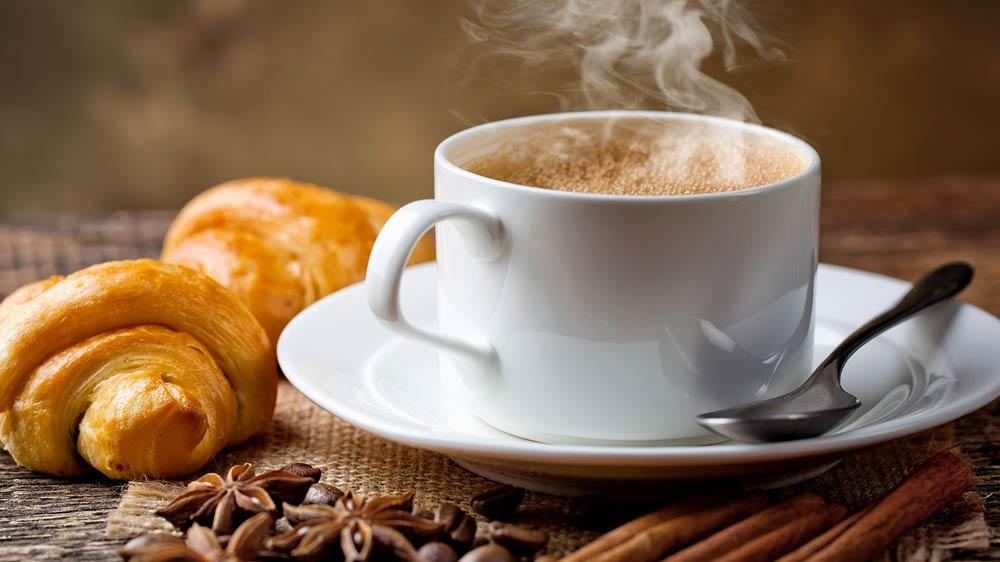 इच्छुक फूड्प्रेन्योर्स के लिए कैफे बिजनेस शुरु करने के लिए बुनियादी कदम