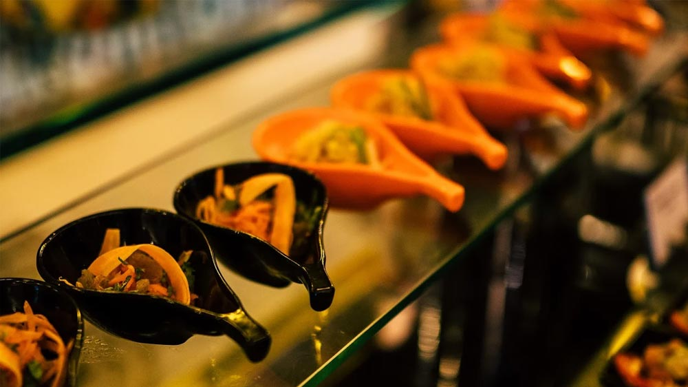 A Restaurant that Caters to the Cuisine from 'Golden' Cities of India
