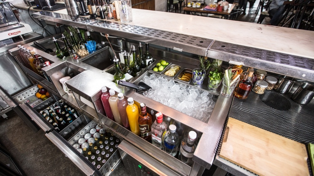 Hiring Bar Designers For NightClub? Read This Before You Make A Decision
