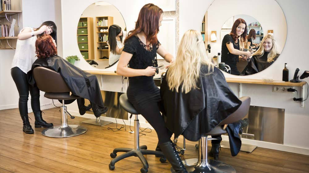 5 effective tips to maintain and improve customer relationship at salons