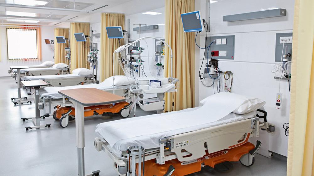 निजी हेल्थकेयर सेक्टर के विकास में योगदान करने वाले कारक