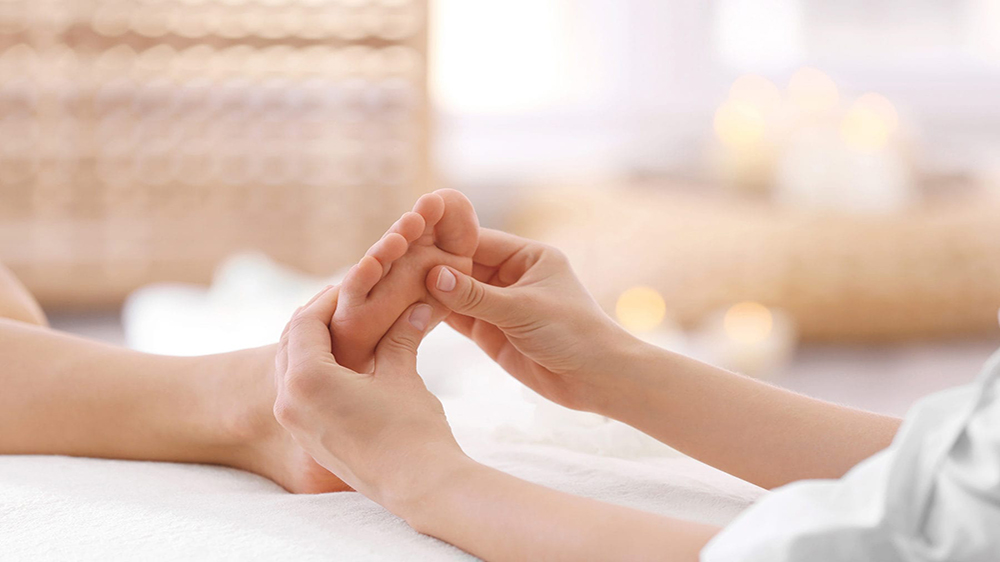 This Is Why Salon Franchisors Should Offer Reflexology At Their Venture