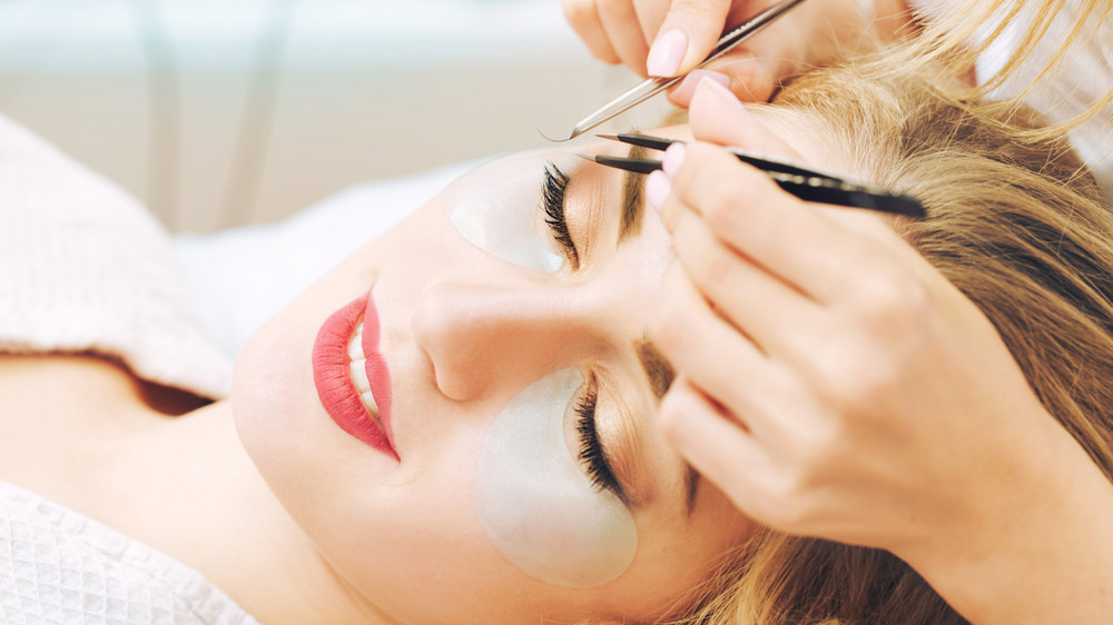 Invest in Eyelash Extension Franchises For A Profi