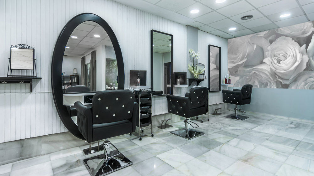 Focus on Interior Decoration to Increase Footfall In Your Salon Franchise