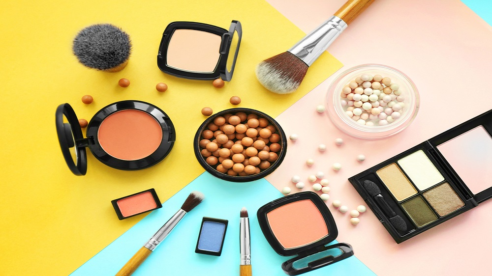 Five things to know if you are starting a cosmetic franchise store