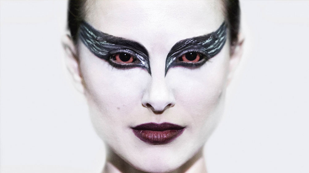 Get exclusive yet trendy Black Swan eyes in four simple steps