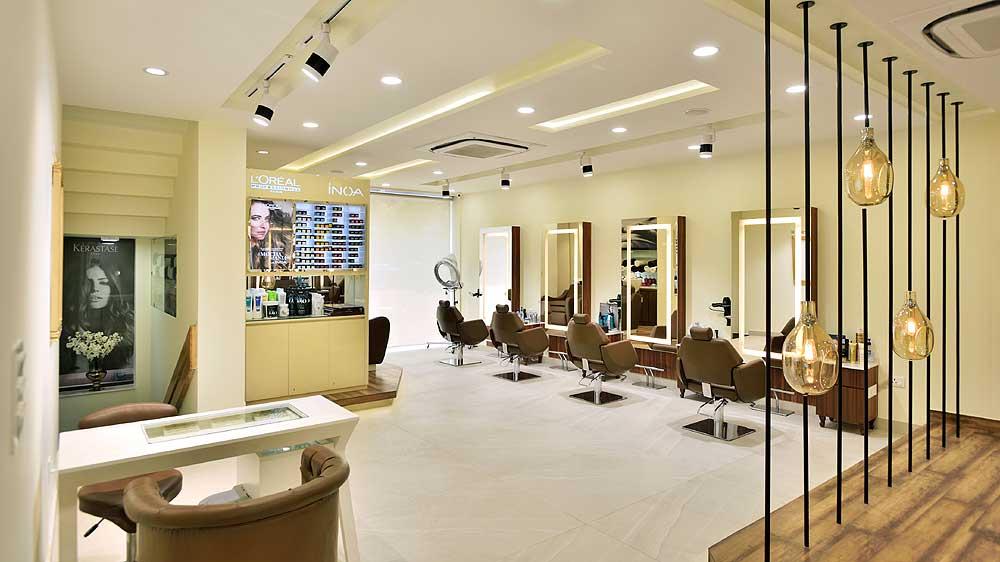 Magnifique: Sink into premium grooming services
