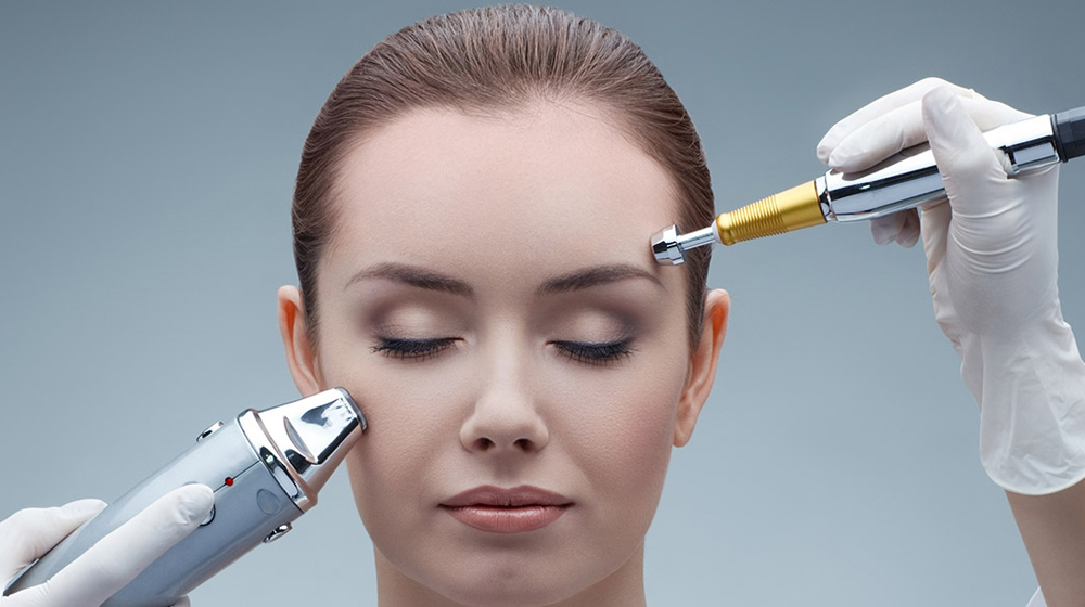 ​Technological Advances Transforming the Beauty