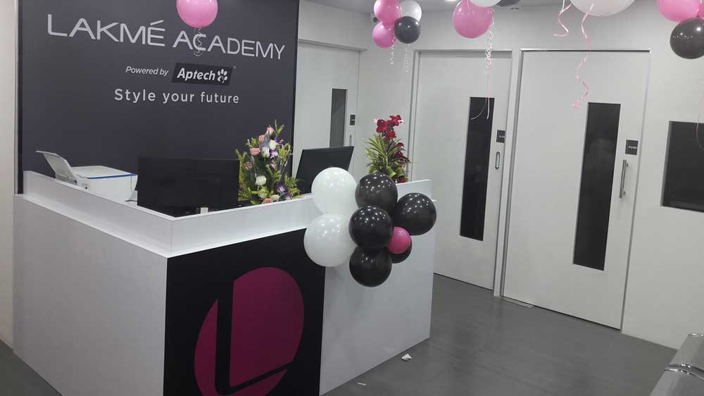 Lakme Academy launches national level scholarship program