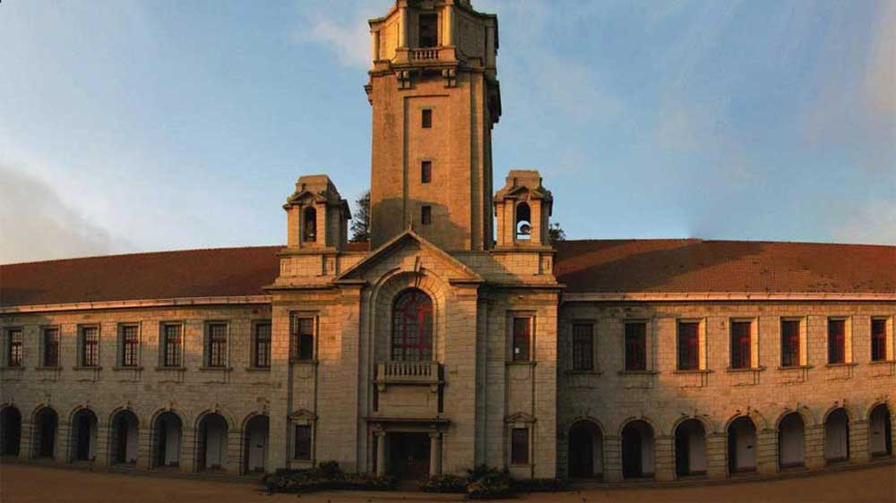 IIT खड़गपुर और IISc बेंगलुरु में सेंटर ऑफ एक्सीलेंस खोलेगी सरकार