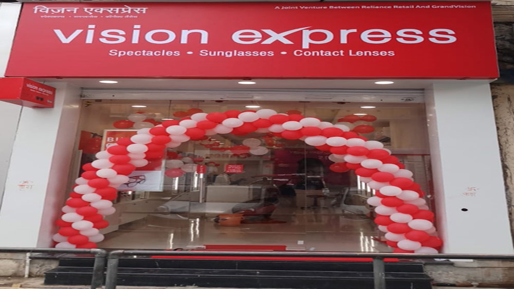 Vision Express Launches Fourth Store in the Pink City