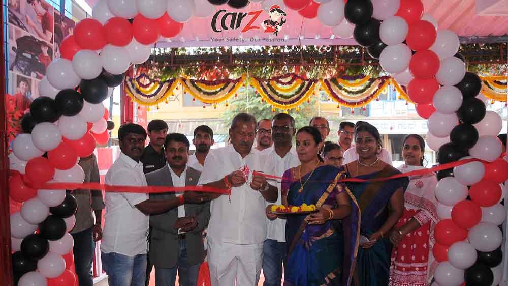बेंगलुरू में कारज़ ने दूसरा एफओएफओ सेन्टर खोला।