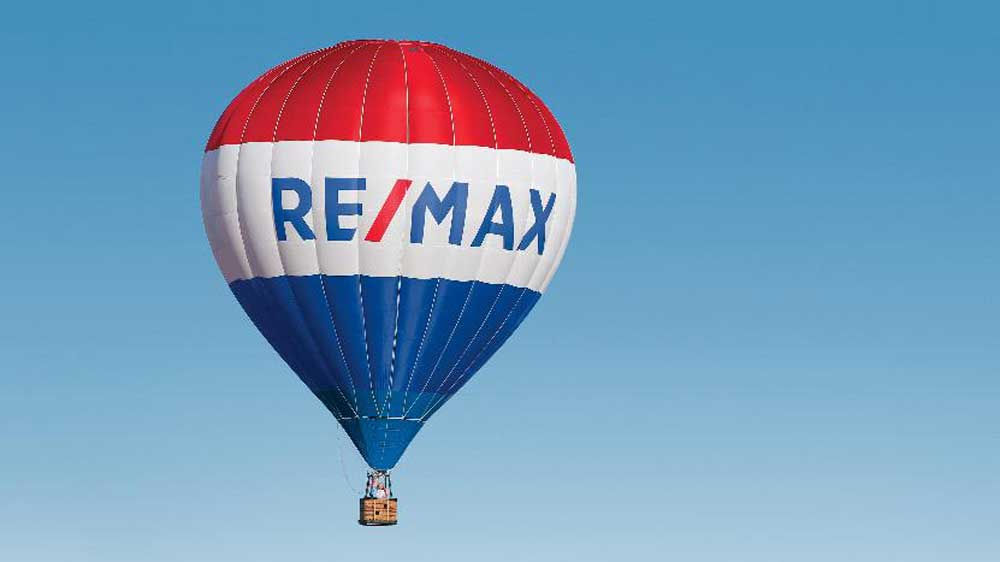 RE/MAX reorganizing its franchise structure