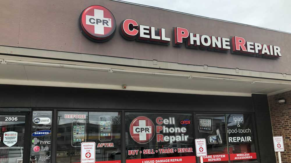 CPR Cell Phone Repair achieves 800th Franchise Store milestone
