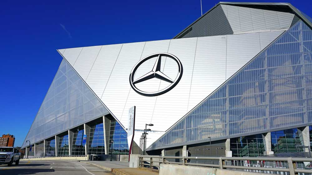Mercedes-Benz expands dealership network