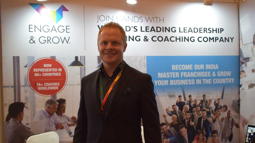 Engage and Grow Signs Master Franchise Agreement with FranGlobal