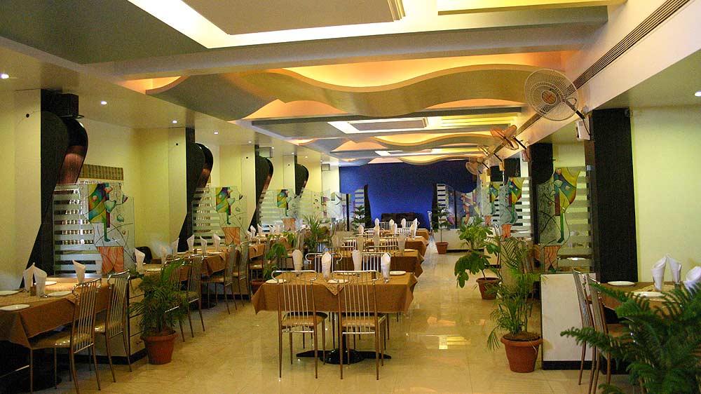 Bajaj Hotels mulls franchise expansion