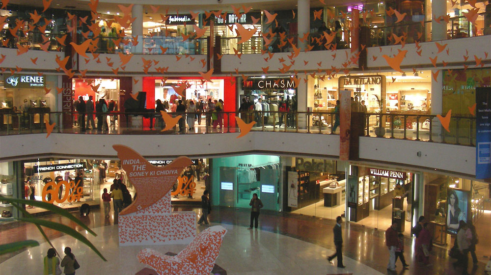 Indian Malls accommodate international brands over domestic retailers