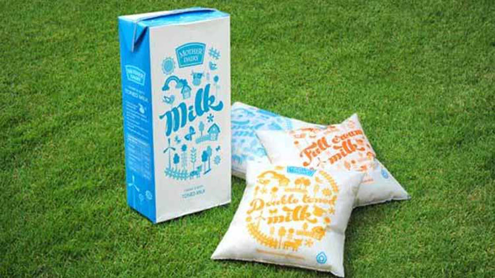 Now Mother Dairy's half and one litre milk pouches will cost Re 1 extra