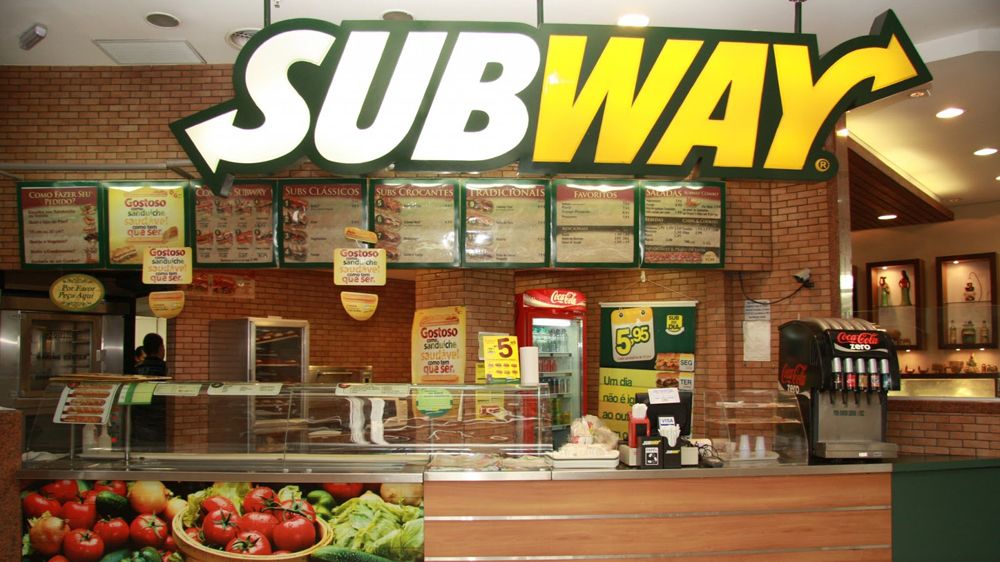 Subway marks its historic entry at the Rashtrapati Bhavan