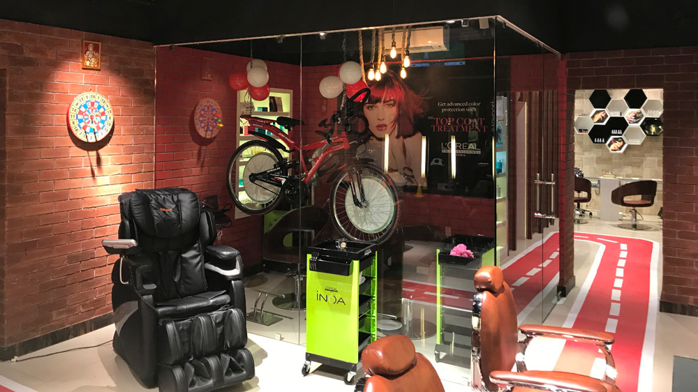 Head Turners unveils sports themed salon in Kolkata