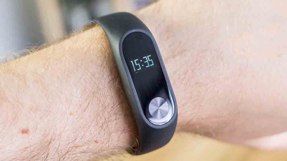 Xiaomi unleashes its Mi Band 2 with a price cap of Rs 1999